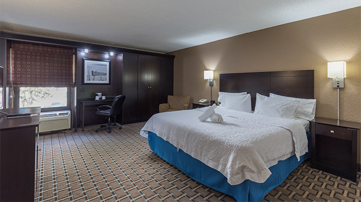King Standard Room - The Edison at Midtown - Fort Myers, FL